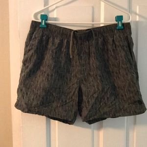 The North Face active shorts size Large